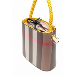 Bag Bucket Pattern mit Checks Cove geflochten